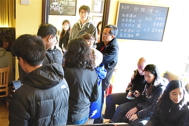 People wait their turnn for a table at Everyday Noodles in Squirrel Hill on Thanksgiving.