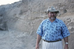 "In an undated handout image, Lawrence Stager, a Harvard professor and archaeologist, at the Ashkelon dig site in Israel. Stager, who unearthed evidence that ancient Israelites sinned by worshiping a ""golden calf"" and who helped redeem the vulgar reputation of Goliath and his fellow Philistines, died at home in Concord, Mass. on Dec. 29, 2017. He was 74. (Handout via The New York Times) -- NO SALES; FOR EDITORIAL USE ONLY WITH STORY SLUGGED OBIT ASHKELON BY ROBERTS FOR JAN. 7, 2018. ALL OTHER USE PROHIBITED. --"