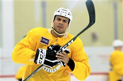 Ryan Reaves' minutes are down and he has been a healthy scratch of late, but having a heavyweight on the roster is something the Penguins can afford.