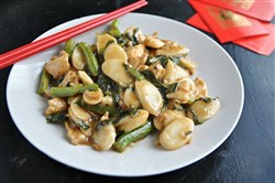 Stir-Fried Rice Cake with Chicken and Chinese Broccoli.