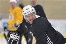 Sidney Crosby practices Monday.