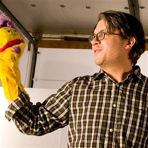 Tom Sarver, with one of his hand puppets, will be a co-emcee at the Brillobox nighttime event that wraps up Pittsburgh Day of Puppetry on Wednesday.