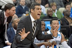 Villanova's Jay Wright has put together a record four consecutive seasons of at least 32 wins.